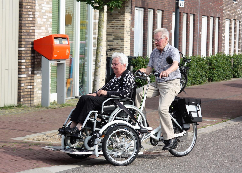 Pantein ontvangt elektrische Rolstoelfiets voor inwoners Land van Cuijk en Noord-Limburg